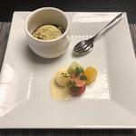九兵衛旅館 - 手造りデザート:季節のフルーツ・きなこ黒蜜プリン