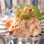 Restaurant MAEKAWA - カニと発酵キャベツのマリネ