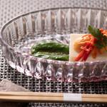 Restaurant MAEKAWA - カリフラワーのババロア仕立て 雲丹添えほうれん草のソース
