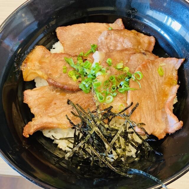 ガスト 豚丼
