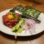 メリケン - 牛肉タタキユッケ