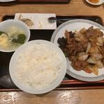 五妹包 - 牛肉のオイスター炒め定食