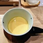 124360669 - 梅の茶碗蒸し、玉子の下に梅餡
