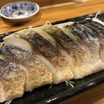 串焼き本舗 - 炙り〆さば@680円   脂が乗って美味い♪