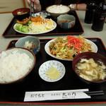 丸の内食堂 - 野菜炒め定食 650円