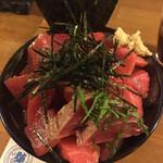 鶴橋まぐろ食堂 - ハーフ丼
