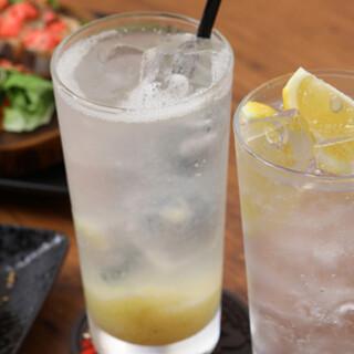 産地直送!皮ごと食べられる、生口島の『瀬戸田レモン』を使用