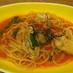 ファルファッレ - 料理写真:牡蛎のトマトソーススパゲティ