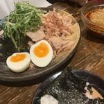 つけ麺本舗 辛部 -