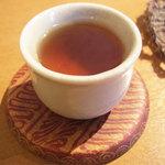 ヌードル・チャフェ・バー - 食前茶