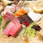 串焼炭炉 はん蔵 - 本日の鮮魚盛刺し(1人前)1280円