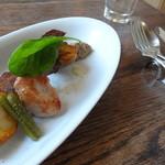 バローレ - 美瑛産じゃが芋と豚タンスモーク 仔牛胸線肉のロースト