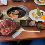 焼肉 じゅん - 料理写真:焼肉W定食ロース&カルビ