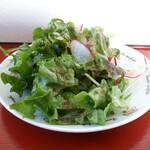 キッチン大浜屋 - 料理写真:まずはサラダが出ます