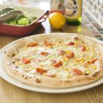 ピザ アキラッチ - 豆乳ソース!白い塩屋