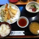 12444865 - 天ぷら盛り合わせ定食+平日限定の小刺身