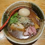 焼きあご塩らー麺 たかはし - 味玉入り焼き顎ラー麺