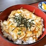 スポーツレストラン コースト - 料理写真:玉子丼