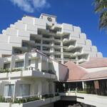 シェラトン 沖縄サンマリーナリゾート - 外観