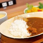 ティーケーピー カフェテリア - ※休止中※【ランチカレービュッフェ】牛すじカレー、本日のスープ
