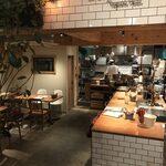 Days Kitchen Vegetable House - 内観