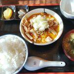 だるま食堂 - もつ煮定食(中ライス)