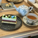 Girouette Cafe - ポムカシス とエスプリドノエル(紅茶)