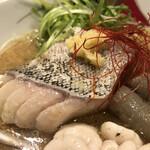 饗 くろ喜 - 真鱈の身の酒塩煮