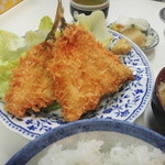 丸一食堂 - アジフライ定食