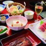 若松本店 - 料理写真:四季折々のお料理をお楽しみください