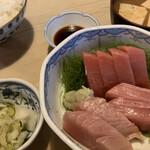124535144 - 刺身定食 1000円