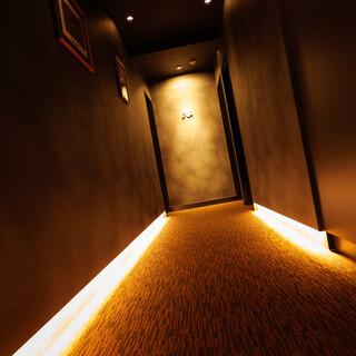 【完全個室】マンションのエントランスからご入店いただく隠れ家