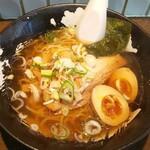 虎の介 - 料理写真:昔風ラーメン+味玉