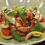 アジアン バンブーン - 海老と野菜のチリインオイル炒め