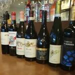 オステリア・ド・イタリア オリーブ - ドリンク写真:イタリア産ワインです。この他にも季節でのオススメなども取り揃えております。