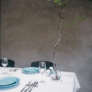 本物をナチュラルに。昼夜2組の完全予約制のフレンチレストラン