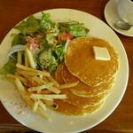 カフェ マチルダ - プレーンパンケーキ