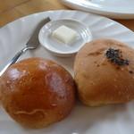 はいから食堂 - 自家製パン2種