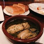 サウダージ - 牡蠣のアヒージョ
