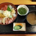 むつみ - 料理写真:海鮮むつみ丼