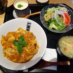 魚忠 - かつ丼 極み1,180円(税込)。