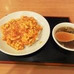 12457485 - えびと玉子のチリソース丼800円