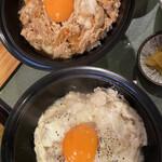 白金台所 茶わんむし 下釜 - 普通の親子丼と、親子丼プラチナの対比