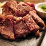 """◆2月限定・要事前予約!""""豊西牛の肩ロースの~自家発酵熟成~ステーキ 2~3人前/約80g"""