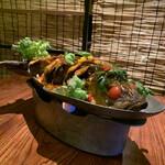 クワンチャイ - 旬の鮮魚のタイ風唐揚げグレイビーソース