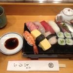 志乃ぶ寿司 - 料理写真:1.5人前