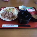 12460815 - 豚の生姜焼き定食600円♪