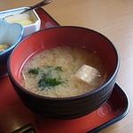 エコレストラン あいのの - お味噌汁(麩・わかめ入り)