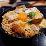 とんかつ らくい - 料理写真:ロースかつ丼