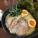源泉 - 塩豚骨スペシャル